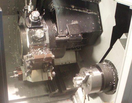 tecnologia-mecanizados-cuadrado-maquinas-4