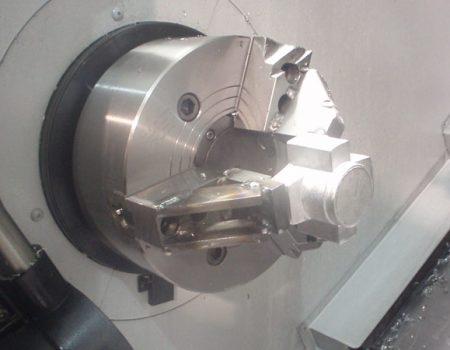 tecnologia-mecanizados-cuadrado-maquinas-8