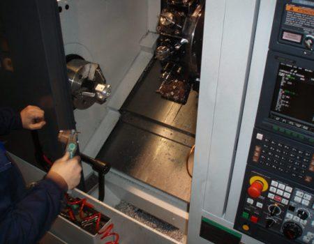 tecnologia-mecanizados-cuadrado-maquinas-9